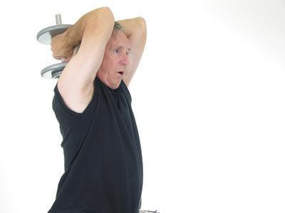 Esercizi per gli anziani di riscaldamento