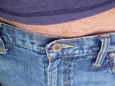 Quali sono le cause di gonfiore addominale negli uomini?