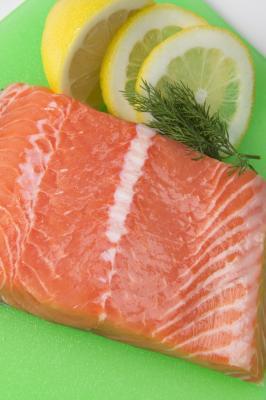 Come cucinare filetti di salmone farciti laminati