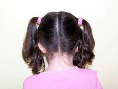 Come naturalmente sbarazzarsi delle pulci dai capelli del vostro bambino