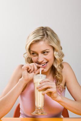 Bevande di proteine possono causare il mal di stomaco?