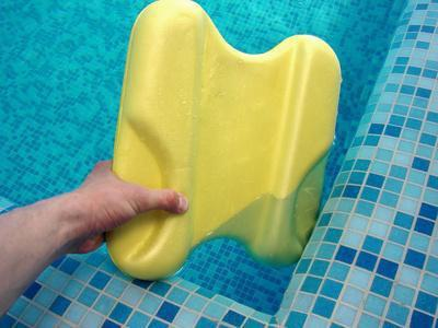 Pro & contro di aerobica in acqua