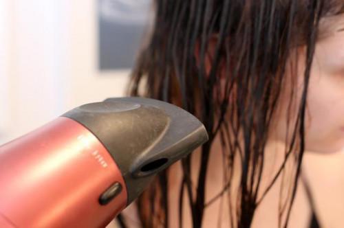 Come rimuovere il cloro dai capelli naturalmente