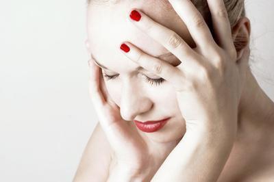 Come un'unità Tens aiuta il dolore al collo?