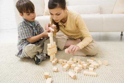 Vantaggi e svantaggi dell'attività di famiglia Kid-centrato