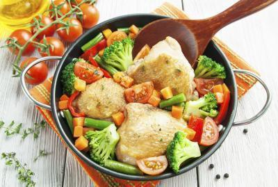 Informazioni nutrizionali della coscia di pollo senza pelle