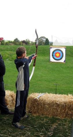 Sicurezza di tiro con l'arco per i bambini