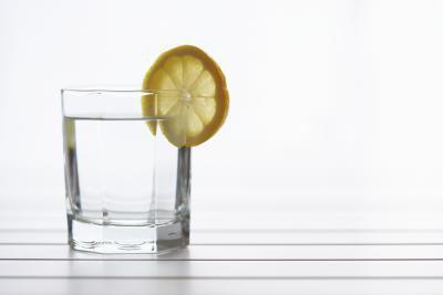 Calorie in acqua e limone