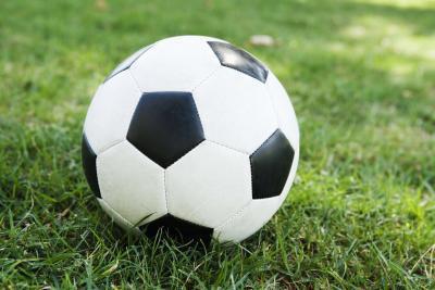 Come giocare a calcio dopo una caviglia rotta