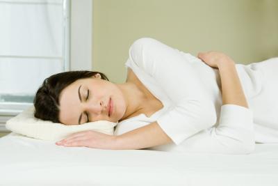 Gli svantaggi di dormire subito dopo un pasto