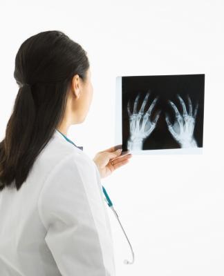 Cause del dolore articolare polso e del gomito