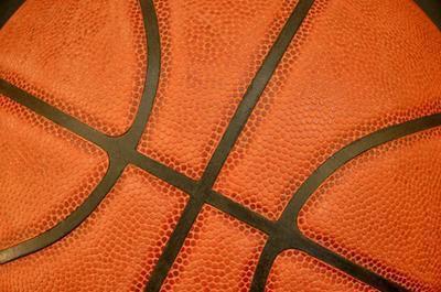 Differenza tra maschile e femminile di basket