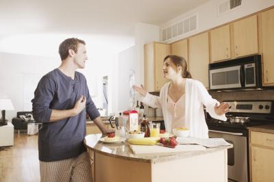 Come a non discutere con il vostro coniuge davanti al bambino
