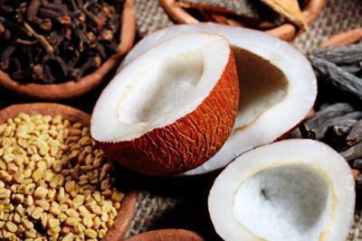 È il latte di cocco buona per aumento di peso?