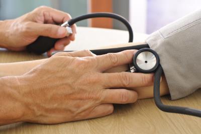 Quali fattori influenza la pressione sanguigna?