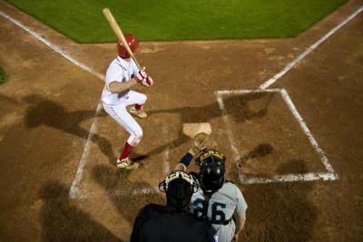 Regole di Baseball colpendo una palla quello Piastra domestica Hits