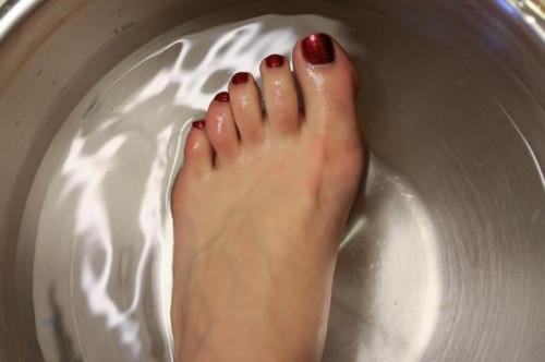 Come fare un deodorante naturale del piede