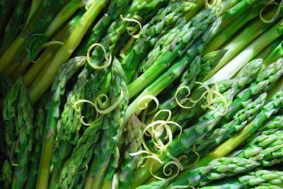 Un elenco di vitamine e minerali e che cosa essi sono buoni per