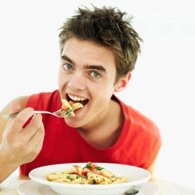 Quante calorie ha bisogno di un ragazzo adolescente?