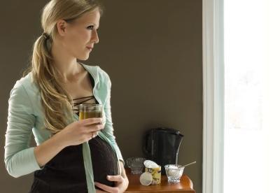 Bere il tè verde decaffeinato durante la gravidanza